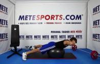 Pilates Topu ile Geriye Bükülme (Eller Belde) –  Evde Pilates Hareketleri