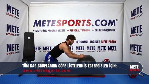 Top ile İleri Uzanma Egzersizi – Evde Yapılabilecek Pilates Hareketleri